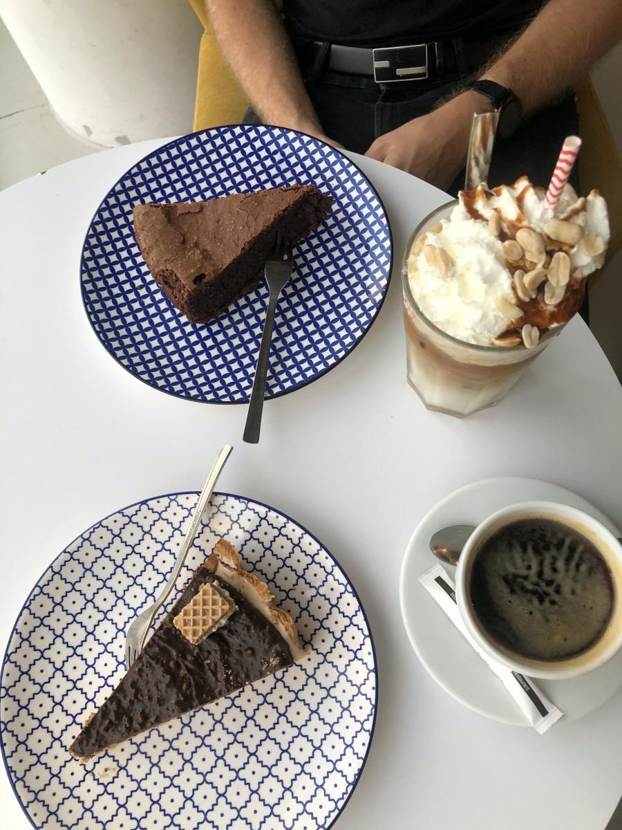 Moodro bistro & cafe