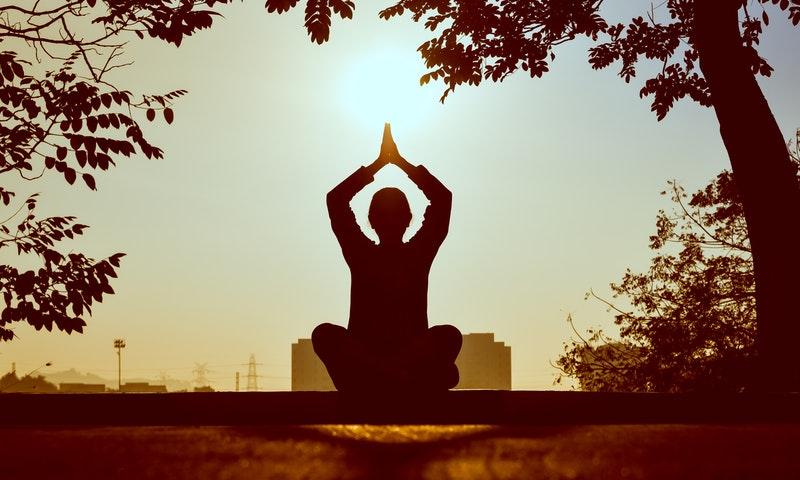 żyć energia polega jedzenia i picia bretarian