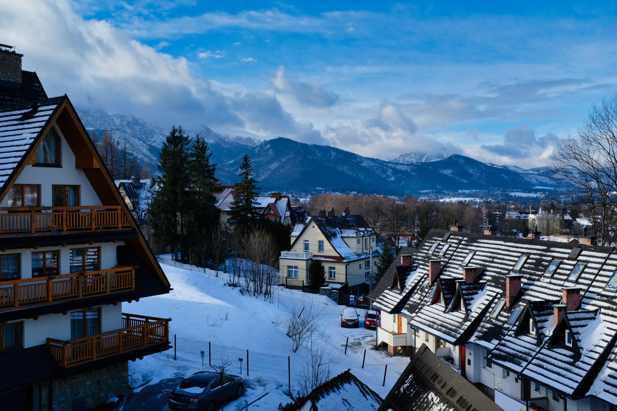 Bukowina Tatrzańska – dlaczego warto ją odwiedzić nie tylko zimą?